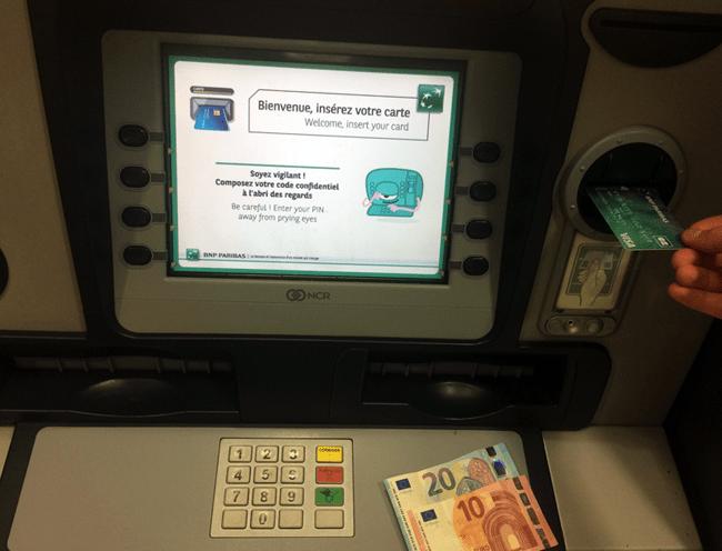comment deposer de largent liquide sur une banque en ligne